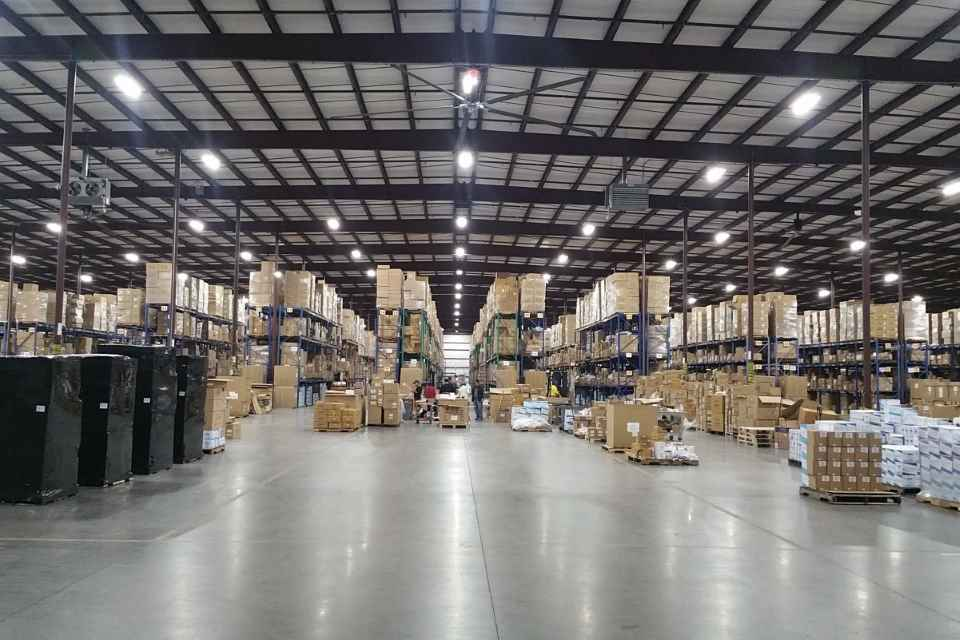 led-warehouse.jpg